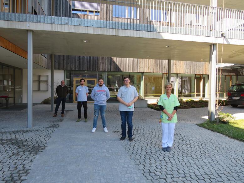 Antoniushaus der Kreuzschwestern in Feldkirch, Vorarlberg, Außerodentliche Zivildiener bei Covid-19